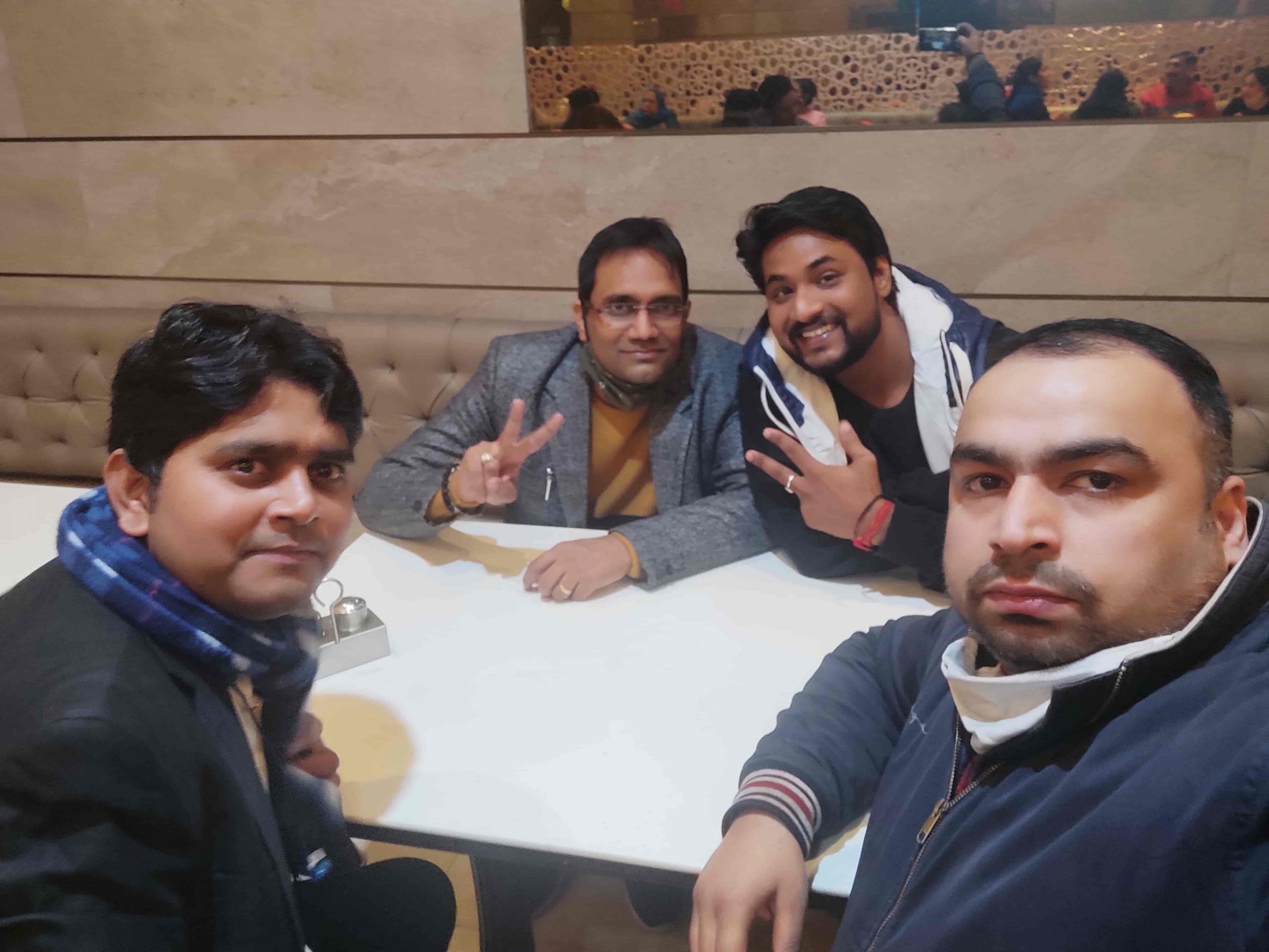 enjoying-dinner-1-become-lic-agent-delhi